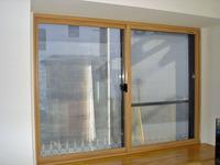 一枚ガラスの仕様でも外窓との間の空気層による断熱効果で暖かさアップ!