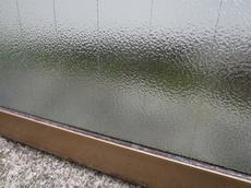 網入りガラスの修理